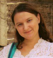 Анна Островская